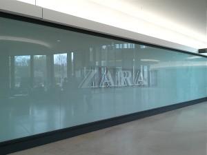 Zara_BigWindowsAdvertising